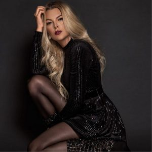 Marjorie de Souza modelo