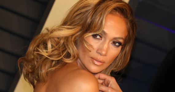¿Jennifer Lopez se está quedando calva?