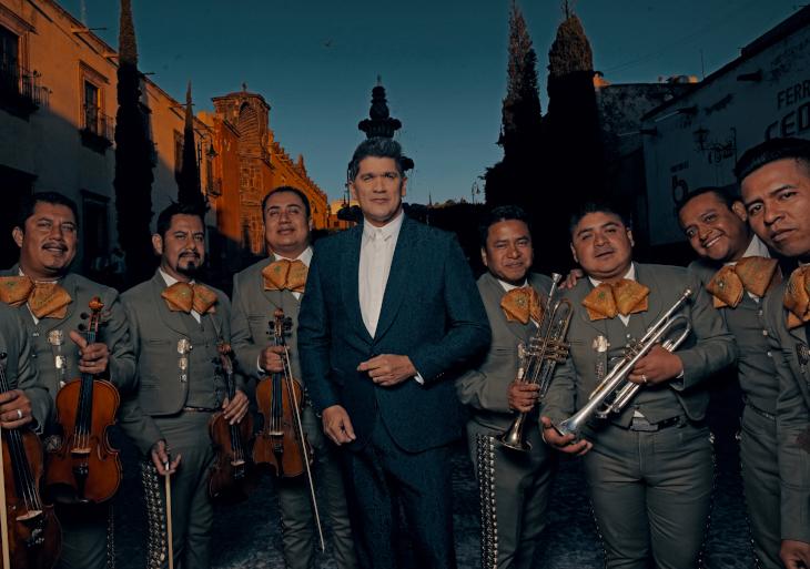 En exclusiva Eddy Herrera rinde homenaje a Javier Solís