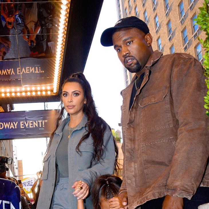 Kim Kardashian todavía no acaba la carrera y ya le ofrecieron trabajo