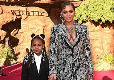 Blue Ivy Carter y Beyoncé. Foto: Getty Images