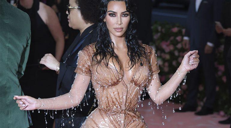 El secreto de Kim Kardashian para tener esa cinturita - Getty