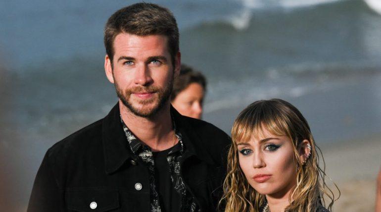Miley Cyrus y Liam Hemsworth | Foto: Getty Images